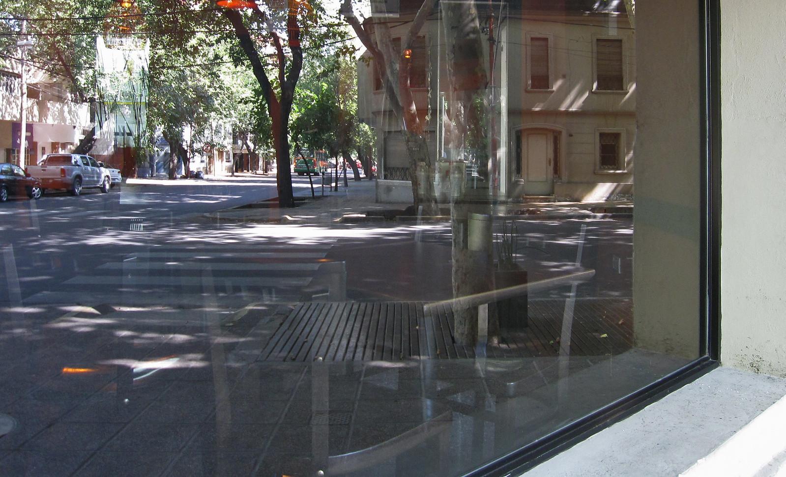 Mendoza 827