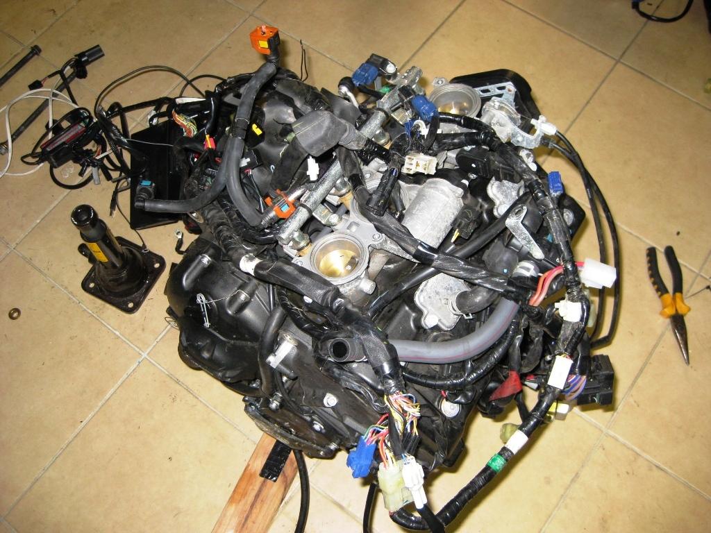 2008 Yamaha R6 engine transplant (5)   H-Y-P-E   Flickr