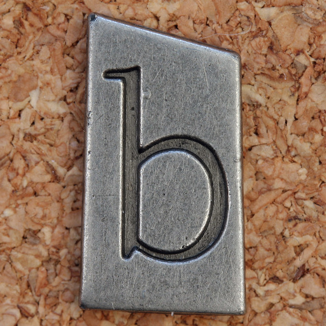 Pewter Ransom Font b