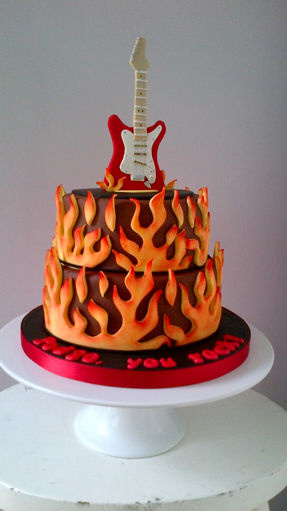 Excellent Electric Guitar Cake Birthday Cake For My Brother In Laws Flickr Funny Birthday Cards Online Elaedamsfinfo