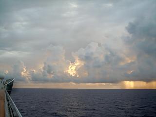 sunrise ... approaching #Bermuda 🇧🇲