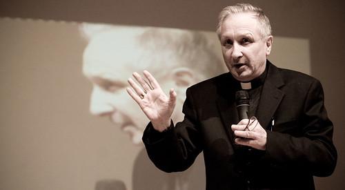 Mons. Luciano Monari all'Università del Dialogo