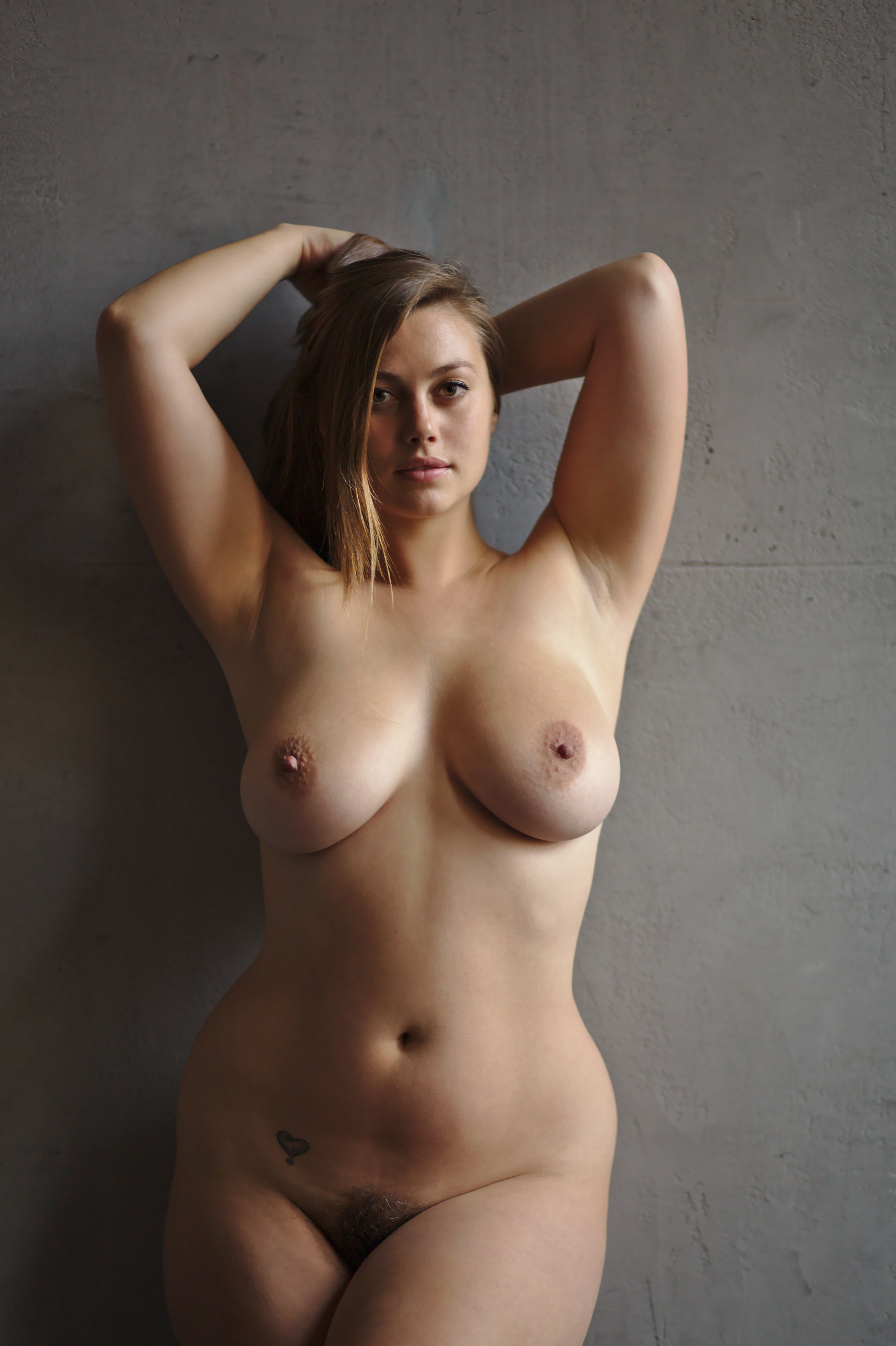 Curvy amateur girl danielle poses topless with her big tit girlfriend hailey