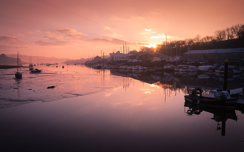 penryn river cornwall cornish estuary boats boatyard sunrise dawn early light fishingboats serene calm morning
