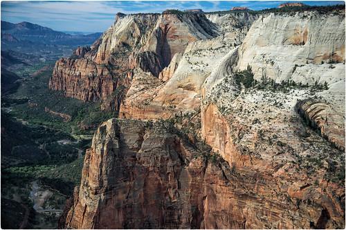 zionnationalpark utah usa angellanding observationpoint fujix100 finepixx100 rocks mountains sky canyon