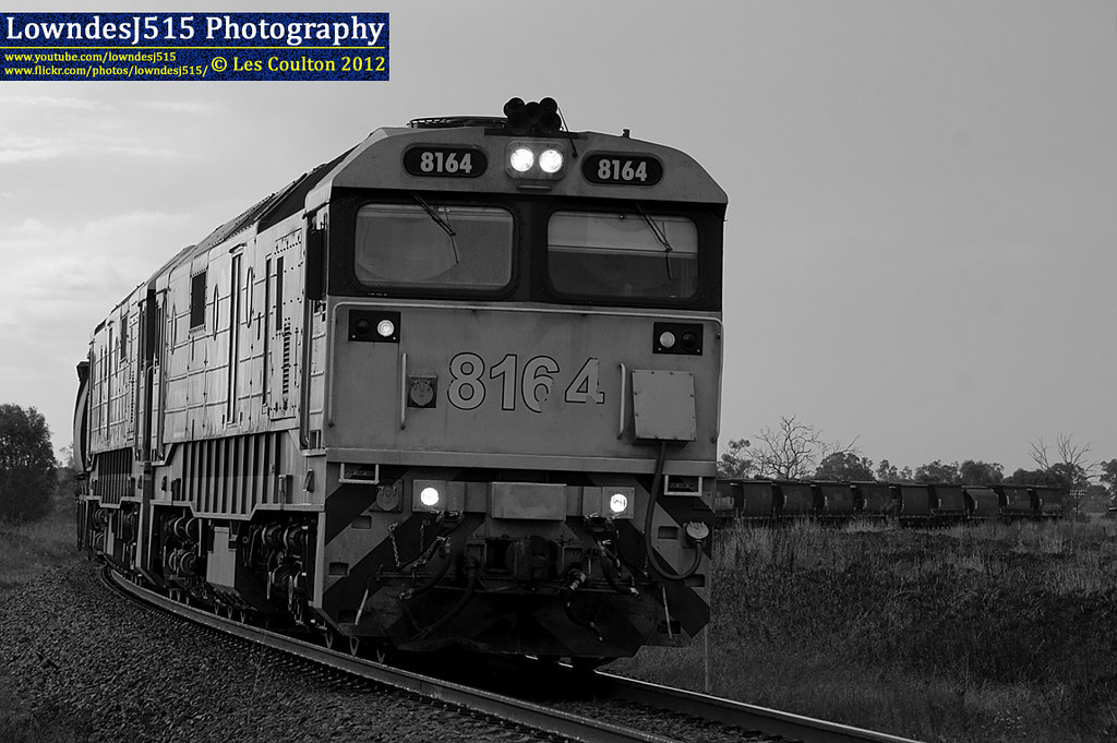 8164 & 8132 at Cootamundra West by LowndesJ515