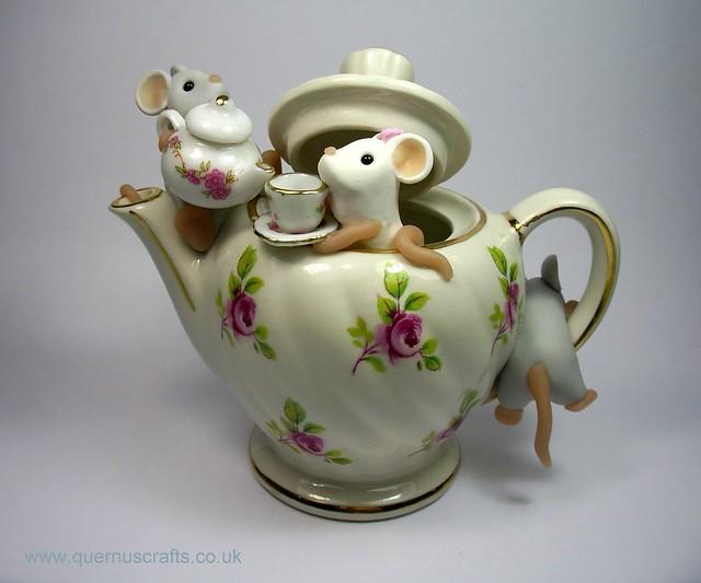 Teapot Mice