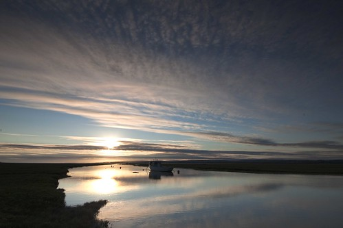sunset reflections river boat tide full penclawdd