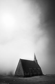 Notre Dame dans la brume