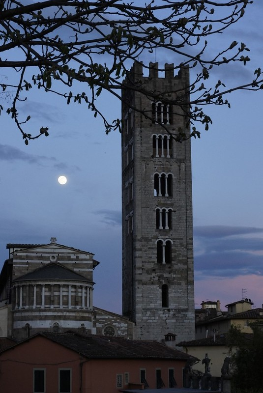Moon Over Lucca
