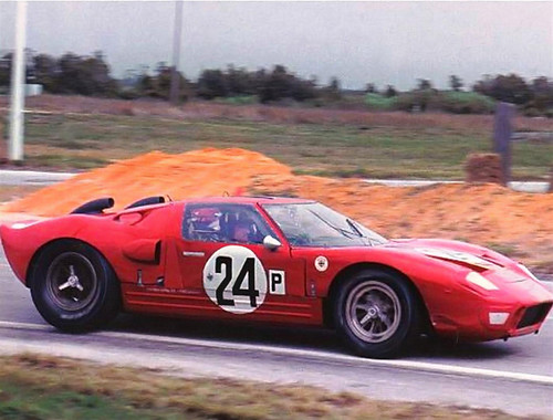 Graham Hill in the Alan Mann Ford GT40 at Sebring 1966 | by Nigel Smuckatelli