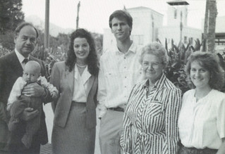 Ronald Lee Fleming '63 and Elizabeth Ebner Fleming '33 greet Fleming Fellowship winners Peggy Mueller SC '90, Ted Appel '90 and Laurel Smith '91 on October 9, 1990