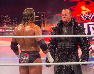 WWE Wrestlemania 28 - Undertaker vs HHH | by simononly
