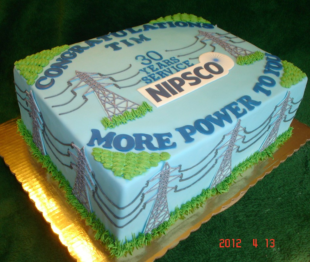 Transmission Tower Cake It Was A Bit Of A Challenge To Fig Flickr