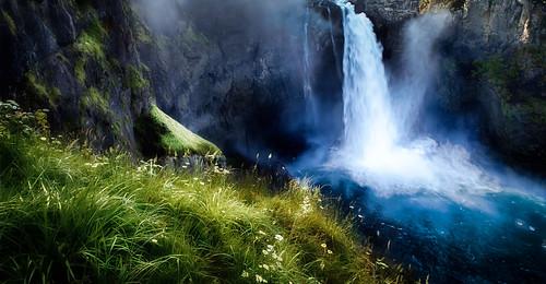 water waterfall washington bluewater snoqualmiefalls snoqualmie greengrass d5100 nikond5100 darrenneupert