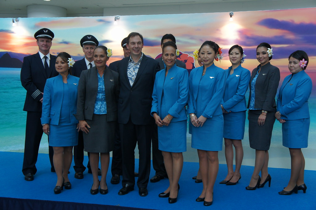 Mark Dunkerley And HA453 Flight Attendants