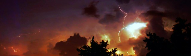 062307 - Phenomenal Lightning (Pano)