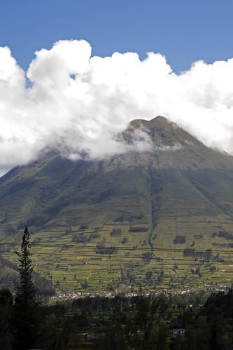 geotagged volcano ecuador imbabura geo:lat=017705589 geo:lon=7820730594