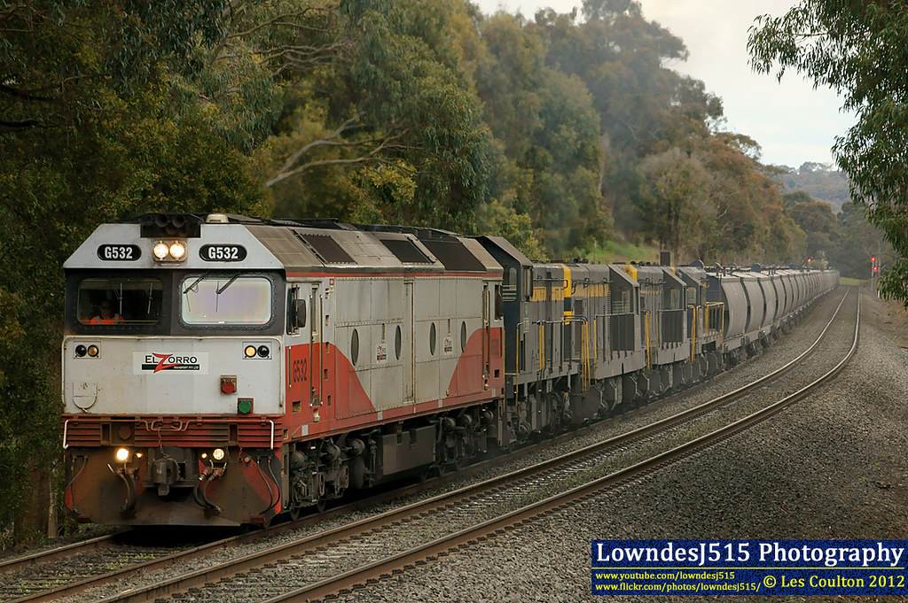 G532, T378, T341, T320 & T413 at Ballarat by LowndesJ515