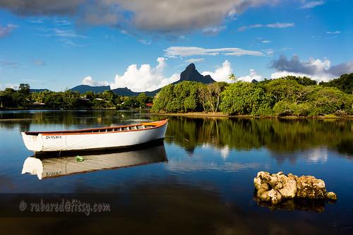 sunset holiday river landscape boat canoe estuary blackriver mauritius confluence tamarin 2014 tamarinbay rempartmountain riverrempart rivertamarin
