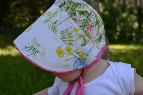 Peekaboo Bonnet #2 | by Handmade Martini