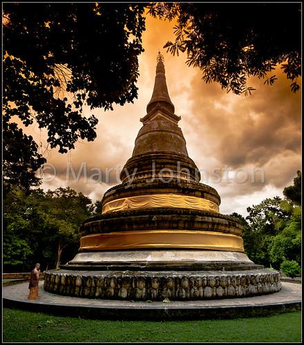 landscape asian thailand religious temple evening worship asia buddha buddhist prayer religion buddhism monks thai chiangmai wat prayers lanna darksky chaingmai eventide watumong 5photosaday earthasia totallythailand