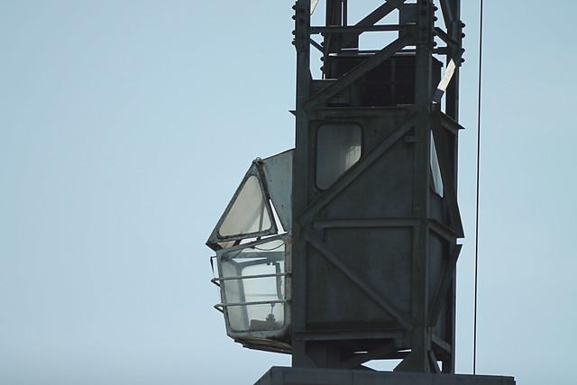Empty crane driver's cage @ Zuid-Willemsvaart (Weert)