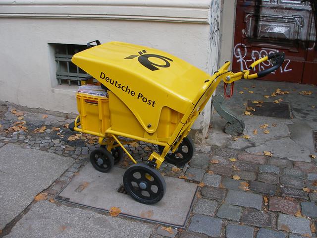 Berlin postal cart