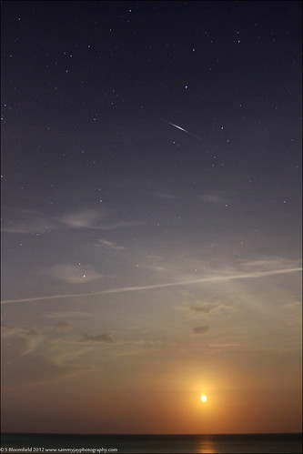 sky moon beach night stars 4th july bermuda 2012 elbowbeach