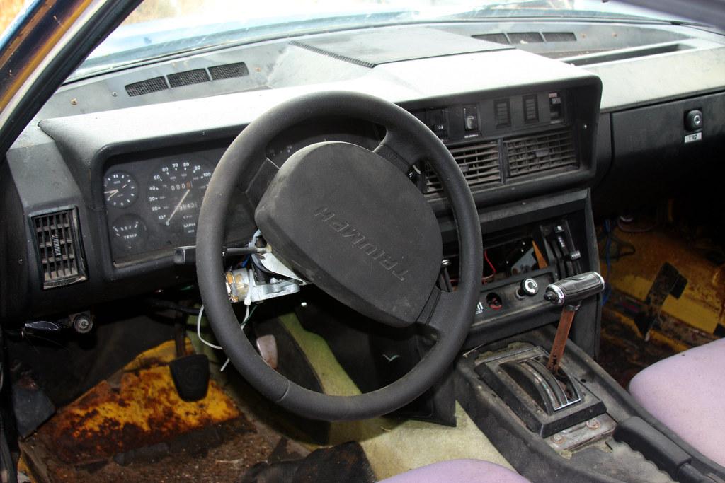 Triumph TR7 interior | Interior of the Triumph TR7 coupe  Ob