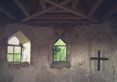 postprocessed building interior chapel belarus snapseed