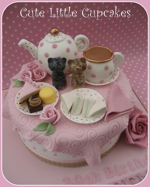 Vintage Teaparty Cake