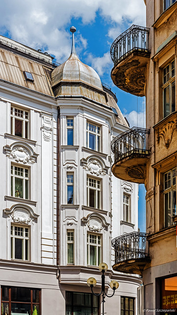 Composition with balconies