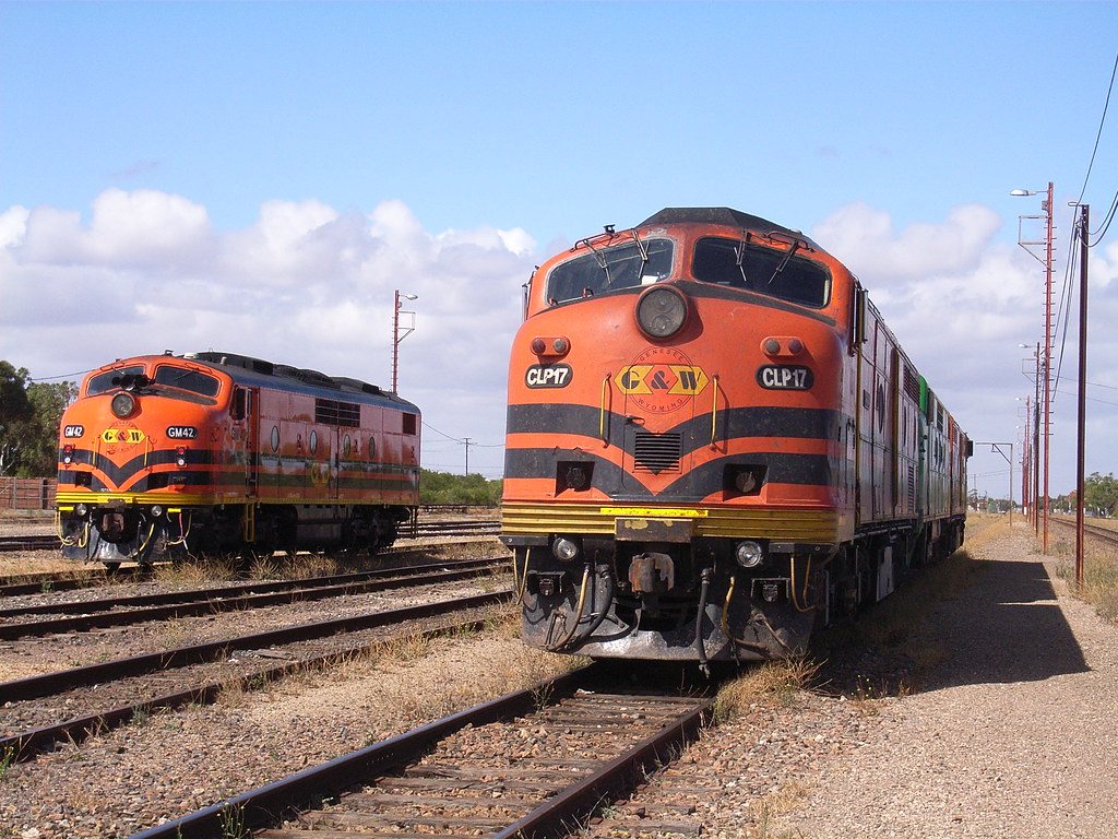 GM42, CLP17, GM38 and CLP14 sitting in the yard at Tailem Bend by bukk05