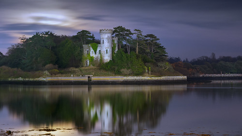 ireland moon castle night cork fota nikon80200f28 nikond700