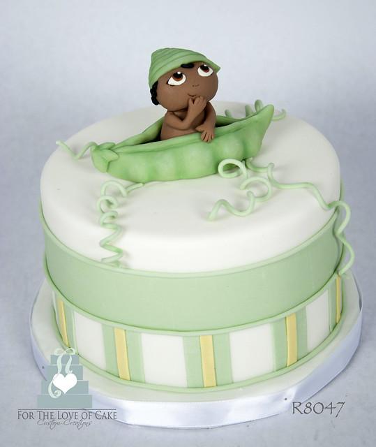 R8047-peopod-baby-shower-cake-toronto-oakville