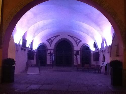 <p>Illuminazione portici a LED RGB con cambio colore</p>
