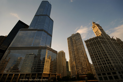 light sunset sunlight chicago reflection buildings golden evening downtown wideangle tones sigma1020mm scyscrapers thegalaxy thetrumptower