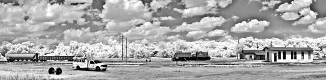Americus Rails Panorama B&W