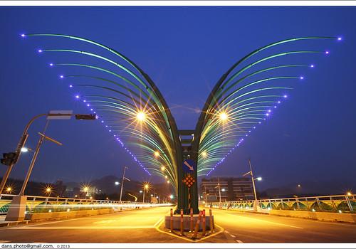 bridge butterfly taiwan taichung 夜景 蝴蝶 台中 橋 大坑 butterflybridge 北屯區 worldtrekker 清新橋 蝴蝶橋 軍福九路 bentun