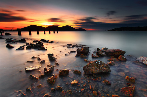 marinaisland lumut pangkor perak perakstate ocean beach view scenic serenity evening sunset leefilters malaysia fakruljamil dusk dreamy dreamywater outdoor no human beautifulplace stone island pulau