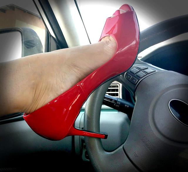 SecretPlayWife Showing Her RedShoe