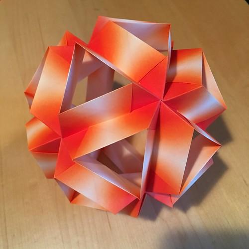 Skella alpha kusudama | From Zen Origami by Maria ...