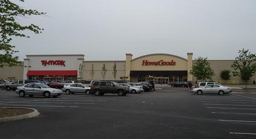 Hess's/TJMaxx/Homegoods - Chesterfield Towne Center | by MikeKalasnik