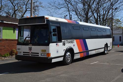 NJ Transit 3057 FNJTHS | Flickr - Photo Sharing!