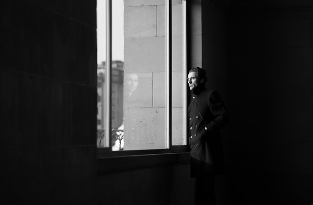 #ZH# // window