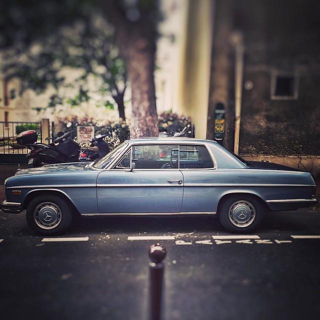 Dans ma Benz #benz #mercedes #merco #car #classiccar #voiture #collector #oldcar #france #collection #oldies #94220 #charenton