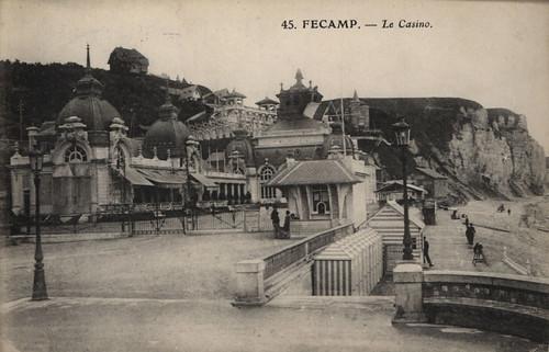 Fécamp: le casino   by Simenon.com