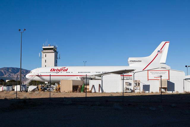 Orbital Sciences Lockheed L-1011-1 Tristar N140SC
