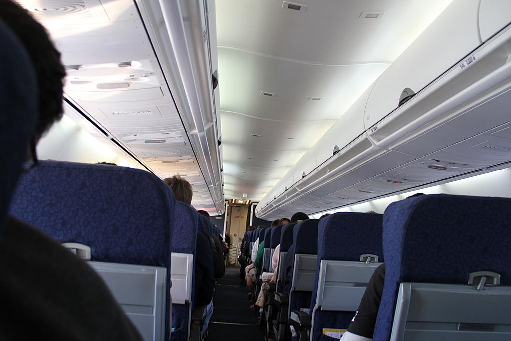 Qantaslink717-23S-VH-NXE-14